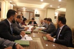 محافظ البنك المركزي العراقي يُجري جولة على المصارف الاهلية