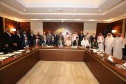 محافظ البنك المركزي العراقي يلتقي رئيس برنامج الخليج العربي للتنمية في الرياض