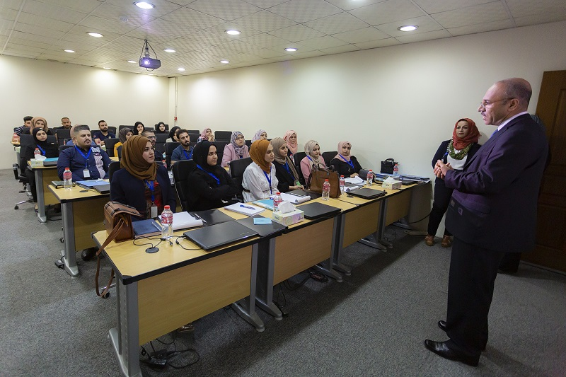 The Center for Banking Studies opens the fifth session to qualify graduates in economic disciplines News-156879525922905