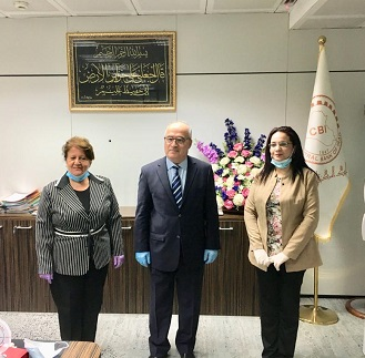Deputy Governor of the Central Bank receives the Iraqi Women's League delegation News-160335016530147