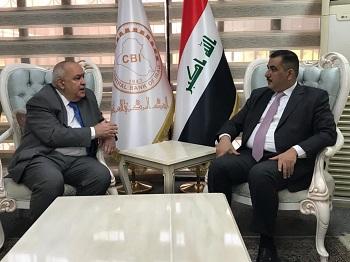 محافظ البنك المركزي يستقبل السفير الجزائري